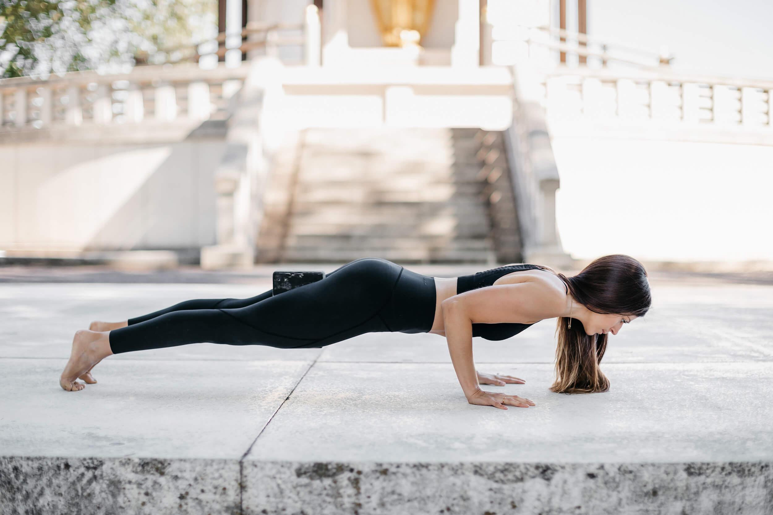 Hannah-Barrett-Yoga-2020-Images-29